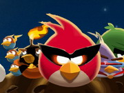 pelata Angry Birds Space Bike peli
