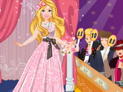 Play Barbie Fashion Designer Contest game