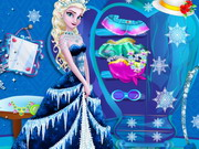 Play Elsa Closet Cleaning game