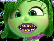 Play Disgust Dental Care game
