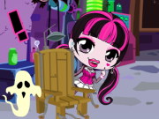 Chibi Draculaura Halloween Slacking Game